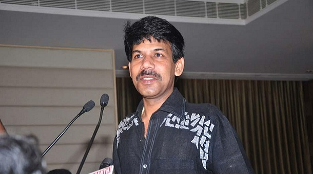 Photo of Director Bala highly appreciates GV Prakash starrer Sarvam Thaala Mayam