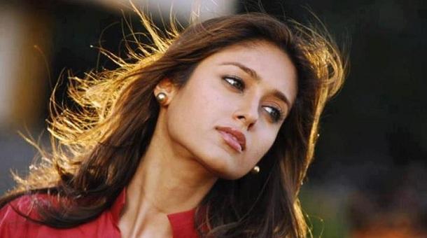 Photo of Ileana to join Prashanth's Saahasam?
