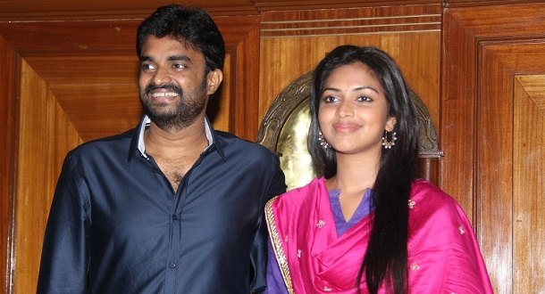 Photo of Do not bring gifts to our marriage, says Amala Paul