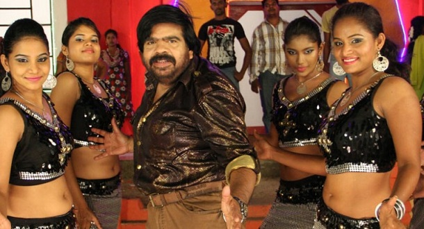 Photo of Two heroines for T Rajendar in 'Oru Thalai Kadhal'
