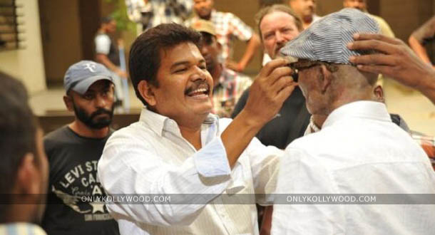 Photo of Aascar Ravichandran lauds Vikram's commitment for Ai
