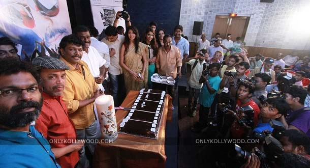 Photo of Udhayam theatre applause was the biggest gift, says Parthiepan