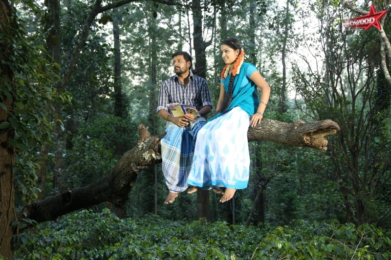 Kaadu movie review Vidharth