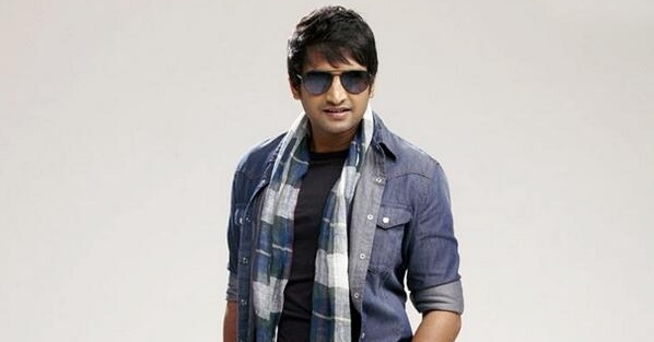 Photo of Santhanam's dashing makeover for Inimey Ippadi Thaan