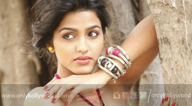 """Photo of """"I want to first meet Rajini sir and take his blessing,"""" says Dhanshika"""