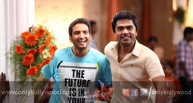 Photo of Santhanam's timely help to Simbu for Vaalu release