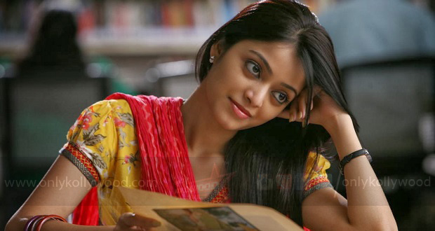 Photo of AR Murugadoss's assistant to direct Janani Iyer