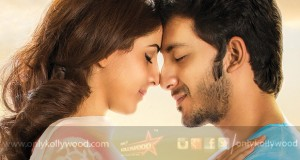Meendum Oru Kadhal Kadhai Songs Review