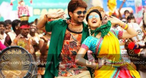 bairavaa movie stills
