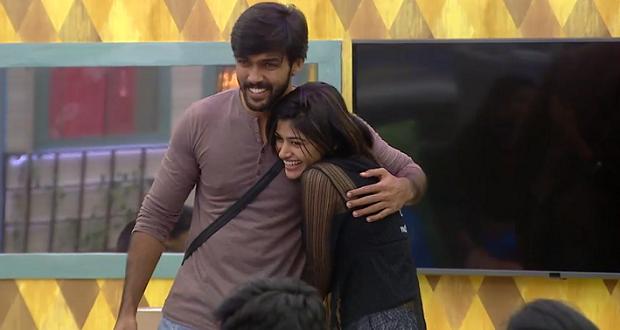Photo of Aarav confesses giving 'medical kiss' to Oviya