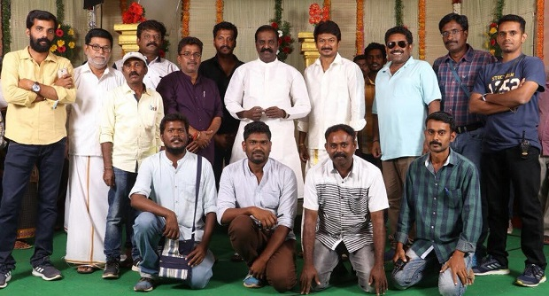 Photo of Vairamuthu visits the sets of Udhayanidhi Stalin's Kanne Kalaimaane
