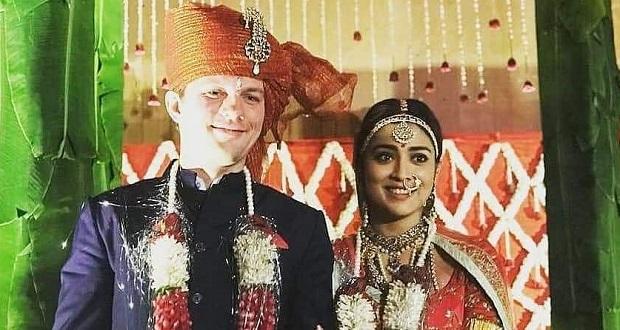 actress shriya wedding