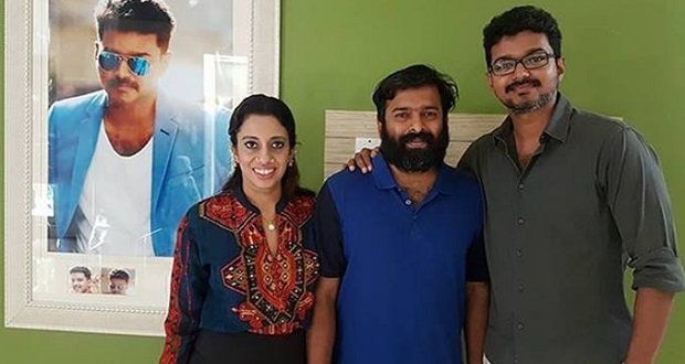 Photo of Thalapathy Vijay's special birthday gift to Santhosh Narayanan