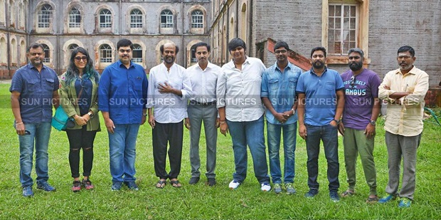 Photo of Rajinikanth starts shooting for Karthik Subbaraj film in Darjeeling