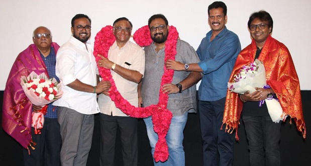 Photo of Distributors honour producer T.G. Thyagarajan and Director Siva for Viswasam success