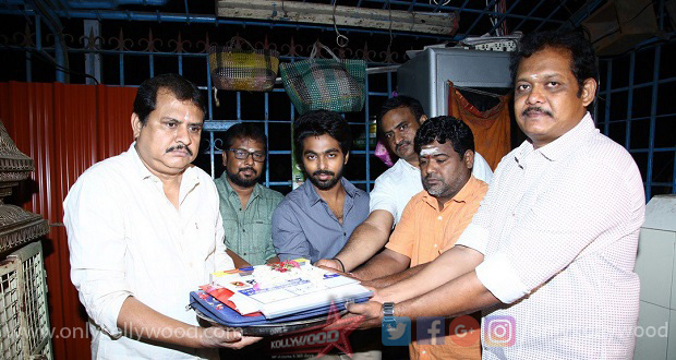 Photo of GV Prakash signs comedy entertainer with director Ezhil