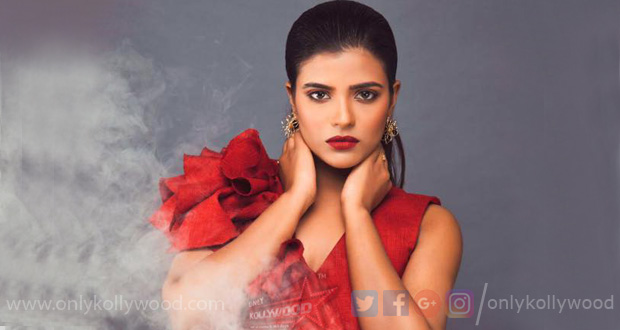 Photo of Aishwarya Rajesh signs women-centric medical thriller