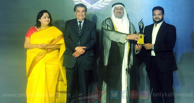 Photo of Composer Ghibran receives Asian Arab award 2019