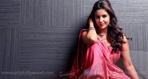 Photo of Priya Anand politely shuts down a troll who called her a symbol of bad luck
