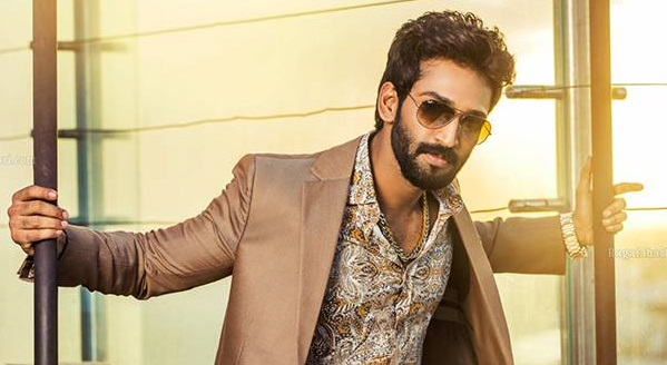 Photo of Aadhi Pinisetty on board Mani Ratnam's Ponniyin Selvan?